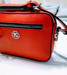 Crvena torbica - NOVO