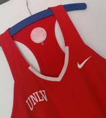 Nike DRI-FIT crveni top