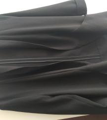 Intenzivno crn sako
