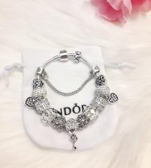 Pandora narukvica LOGO