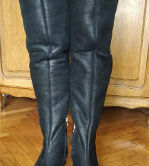 Bally - vrhunske kozne crne cizme sa krznom 39