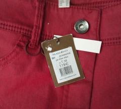 Nove bordo /crvene pantalone