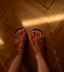 Narandžaste sandale broj 37