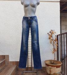 Skinny farmerke