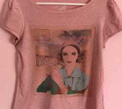 Roza i bela majica 2