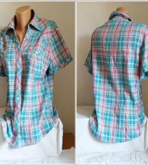 3.3.2. Odlična karirana XL košulja