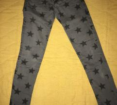 Pantalone sa zvezdicama