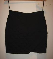 Fishbone mini crna suknja
