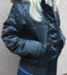 Crna zimska jakna SOK CENA 499