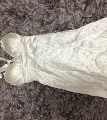 Dve haljinice za 1000