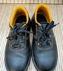 RASPRODAJA ZIMSKA! Cipele HTZ - modernog izgleda