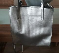 Siva torba sa kicankom