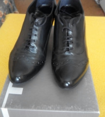 PAAR kozne cipele kao NOVE!