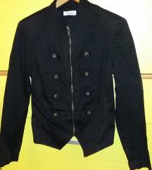 Gothic tanka jaknica