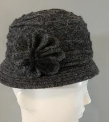 šešir ženski  novo