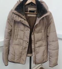 Zara zimska jakna camel