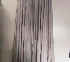 Lagana svetlo siva suknja Max Mara vel. L %%2500