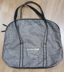 VICTORIA'S SECRET torba veca, zlatna ,lagana