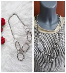 Nova efektna ogrlica