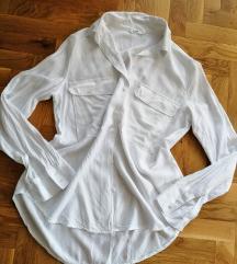 Prelepa bela košulja (snizena na 500)