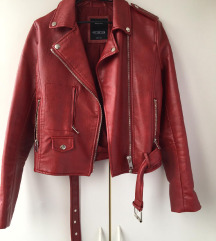 Crvena kožna jakna SNIŽENO 2300
