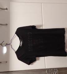 Crna majica kratkih rukava