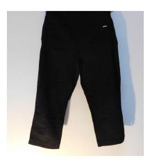••POKLON 🎁••C&A 3/4 pantalone crne L/XL