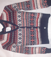 Džemper sa etno motivima