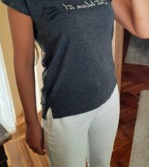 REZZ 😻 RESERVED majica 😻