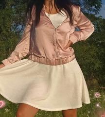 Pastelno roze jaknica