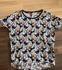 Dve H&M Disney majice