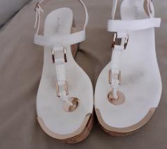 Bele sandalice