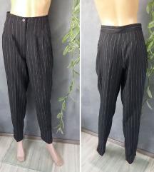 Vintage prugaste pantalone