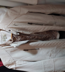 krem kratka jakna