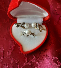 Prsten i minđuše od pozlaćenog srebra, finoće 925