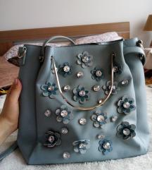 Nežno plava torba sa cvetićima, u odličnom stanju!