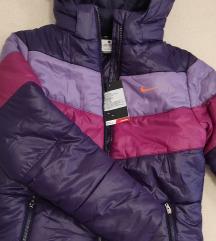 Nike jakna za devojcice 6-7 godina (sa etiketom)