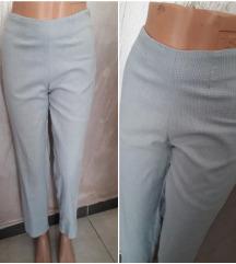 Kapri karirane pantalone vel 38
