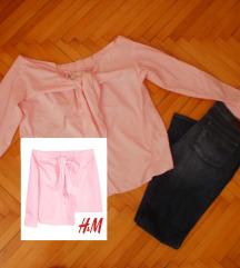 H&M košulja sa off-shoulder i mašnom