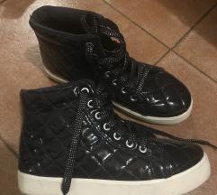 Metro cipele