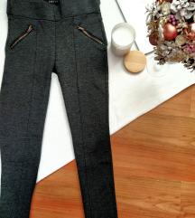 Zara poslovne pantalone/helanke