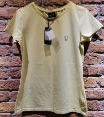 Dve nove Legend basic majice po ceni jedne