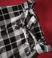 Nova karirana suknja, sniženo 350