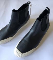 Esprit original nove crne cizme / patike  REZZ
