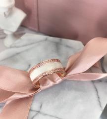 Pandora prsten široka burma rose