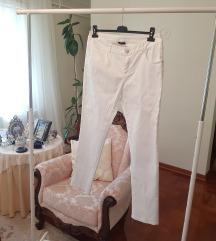 Nove bele plus size pantalone