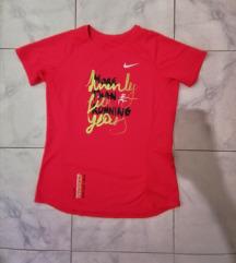 l dry-fit NIKE majica