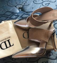Nove TRUE DECADENCE sandale