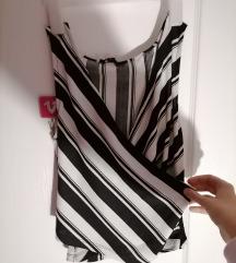 Crno bela majica