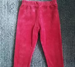 Karmin crvene pantalonice, do 25.8.